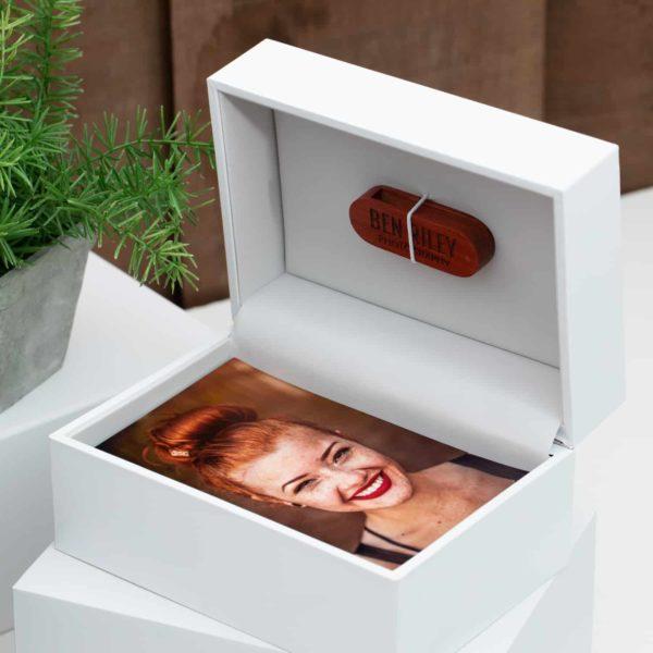 Classic Slide Photo + Flash Box