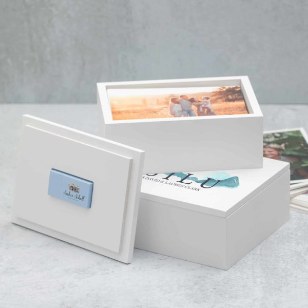 Light and Bright Photo + Flas Box