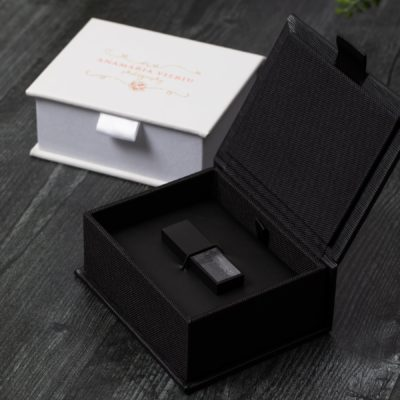 Textured Wave Flash Drive Box