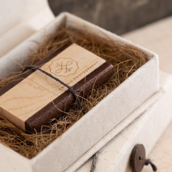 Exotic Paper Flash Drive Box