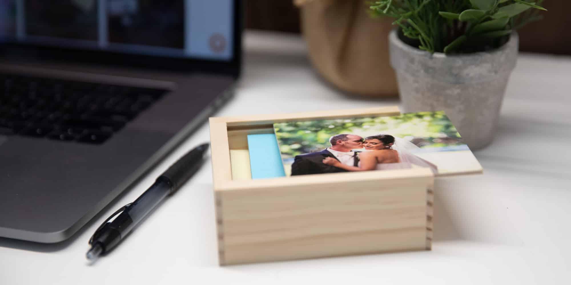 Wood Slide Flash Drive Box