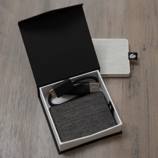 Seagate One Touch SSD + Classic Snap Box Bundle